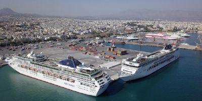 Χιλιάδες Επιβάτες στο Λιμάνι του Ηρακλείου
